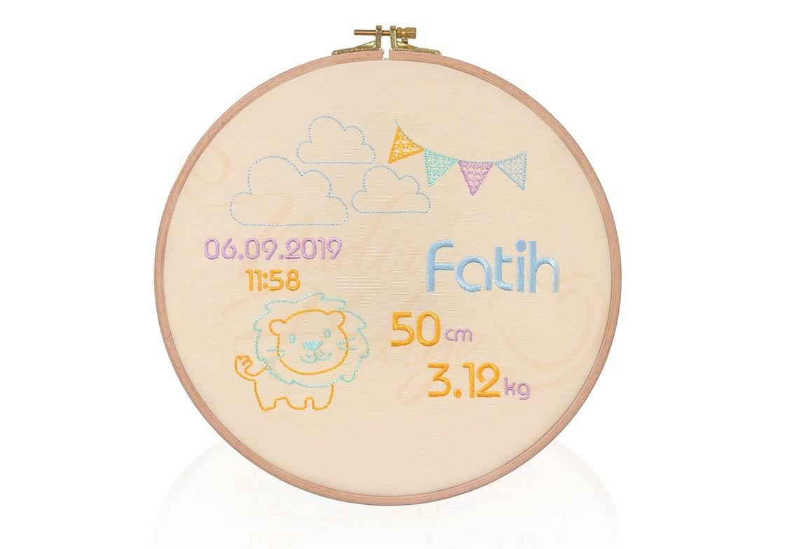Bebeğe Özel Etamin Doğum Panosu - Ahşap Kasnak 26 cm
