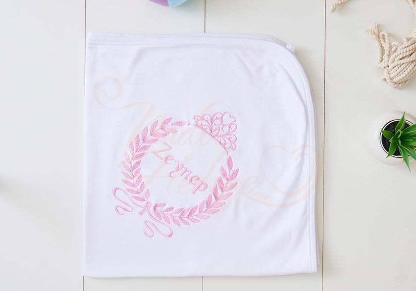 İsim Yazılı Bebek Battaniyesi - Prenses Taçlı