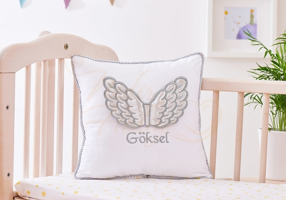 İsimli Bebek Yastığı - Melek Kanatlı Takı Yastığı - Thumbnail
