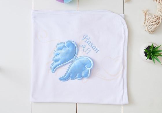 İşlemeli Bebek Battaniyesi - İsme Özel ve Kanatlı - Thumbnail