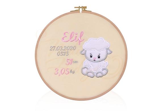Kız Çocuk Doğum Panosu – Ahşap Kasnak 26 cm - Thumbnail