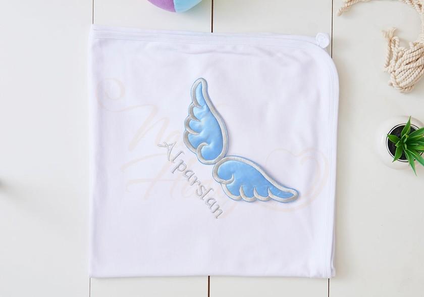 Melek Kanatlı Bebek Battaniyesi - İsim Nakışlı