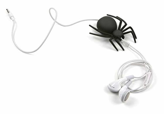 Örümcek Şeklinde Kablo Düzenleyici